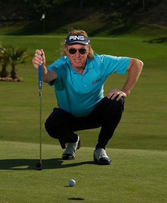 Professional Golfer Miguel Angel Jimenez Signs with Maui Jim