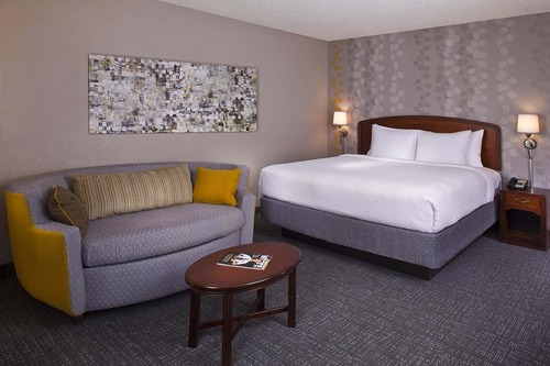 The Courtyard New Orleans Downtown/Convention Center has recently completed a renovation project. New guest rooms at the hotel near the New Orleans Convention Center and Superdome boast a modern feel with Marriott's platinum design package that ...
