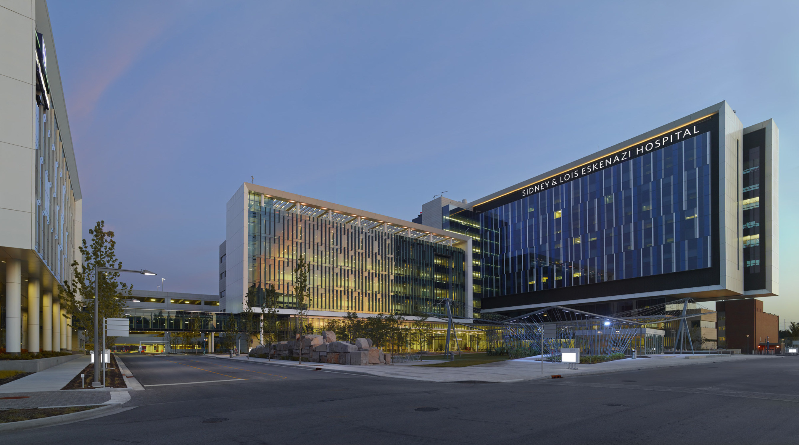 The Sidney & Lois Eskenazi Hospital in Indianapolis features integrated clinical, building and administrative systems to improve clinical care for more than 19,000 inpatients and hundreds of thousands of outpatients each year. Doctors and nurses spend more time with patients at the hospital, thanks in part to technology integration from Johnson Controls, a global multi-industrial company.