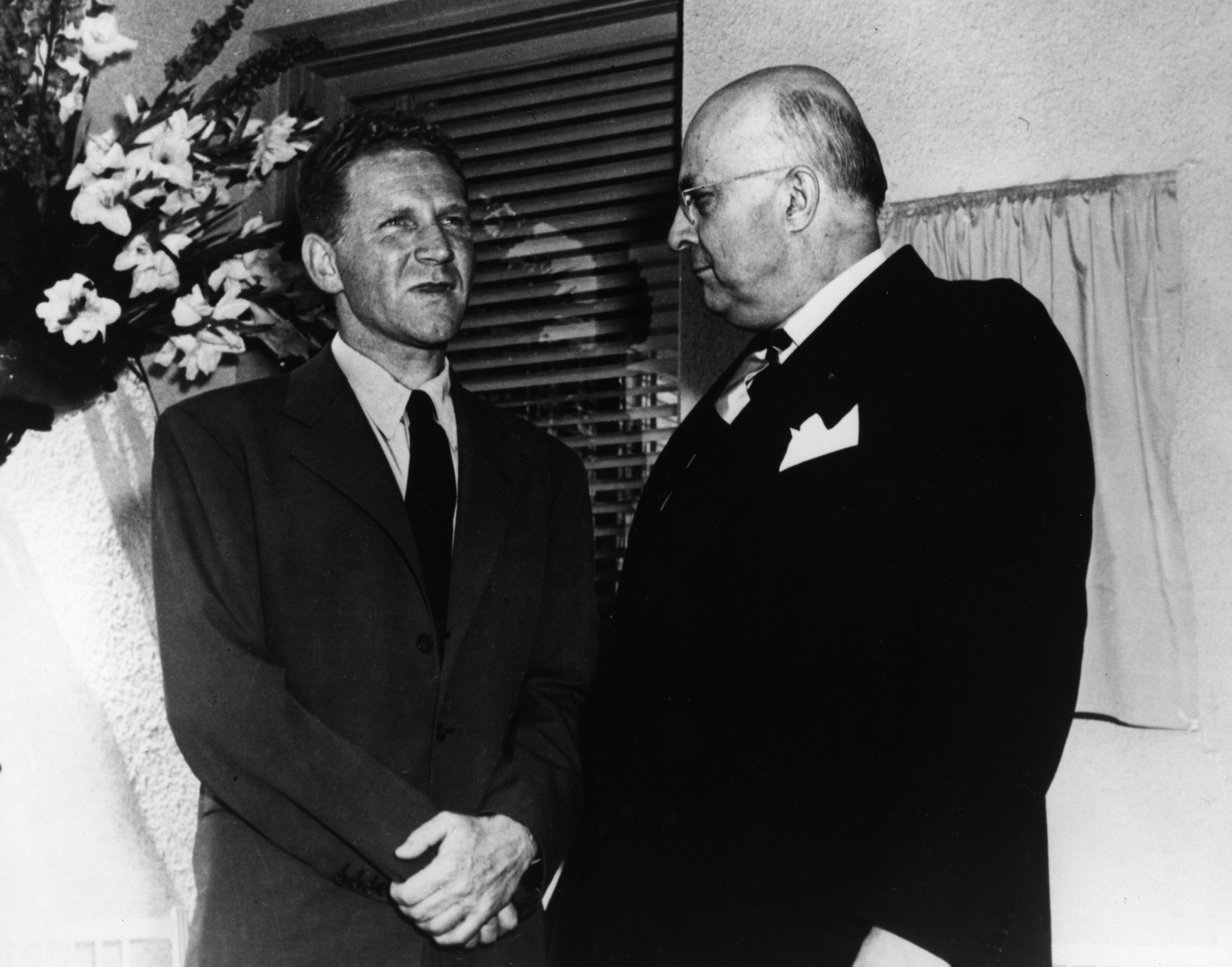 Dr. Sidney Garfield and industrialist Henry J. Kaiser at hospital dedication in Oakland, CA, 1942.