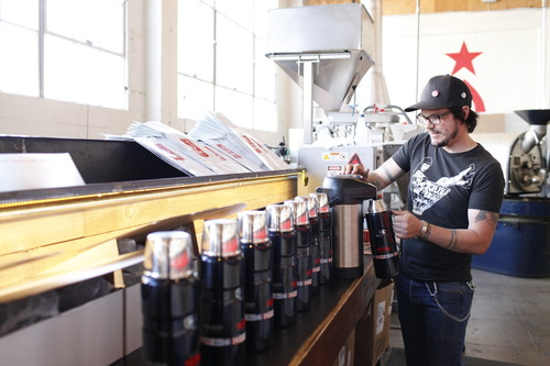 Genuine Thermos Brand is shipping the best hot coffee overnight across the country. (PRNewsFoto/Thermos L.L.C.)