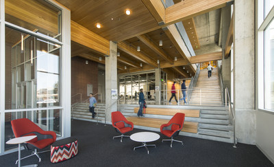 Interior view of PACCAR Environmental Technology Building at Washington State University by LMN Architects. Image courtesy of LMN.