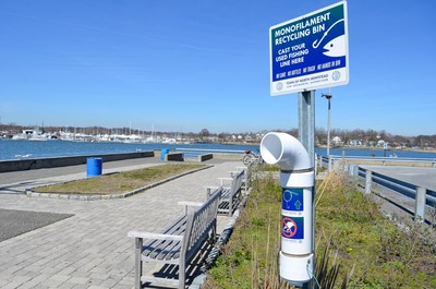 A monofilament fishing line receptacle located at North Hempstead's Town Dock.