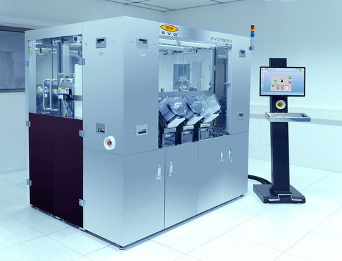 The EVG(r)850LT fully automated production bonding system combines all essential steps for wafer bonding in a single platform to ensure an ultra-clean production process throughout all stages, thereby enabling high-yield, void-free wafers. It supports a variety of advanced substrates, including silicon-on-insulator (SOI) and silicon on lattice engineered substrate (SOLES) technology, up to 300 mm in diameter. (PRNewsFoto/EV Group) (PRNewsFoto/EV GROUP)
