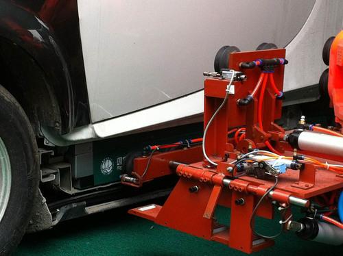Robotic Arm with Standardized Battery Swap Module.  (PRNewsFoto/ZAP Jonway)