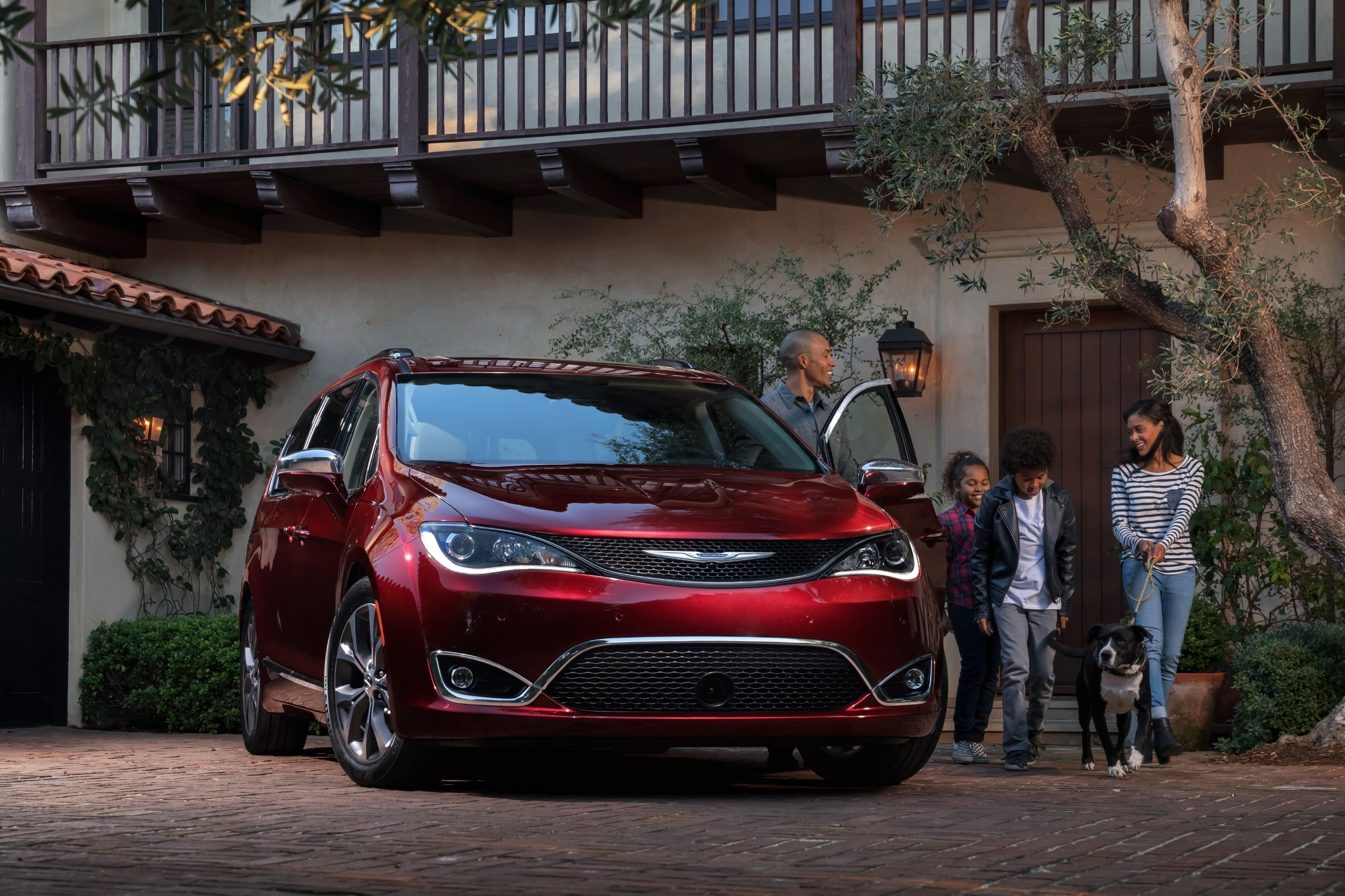 Customer feedback directly influenced many of the 37 segment-first innovations found on the 2017 Chrysler Pacifica