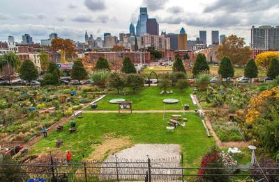 Jardin comunitario localizado en el vecindario Spring Garden de Filadelfia. Foto por R. Kennedy para GPTMC.  (PRNewsFoto/Greater Philadelphia Tourism Marketing Corporation)