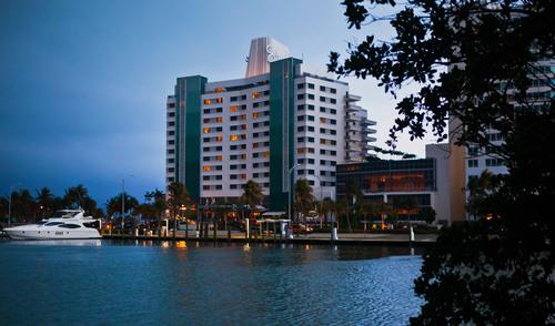 The iconic Eden Roc Beach Resort & Spa in Miami Beach.  (PRNewsFoto/Eden Roc LLLP)