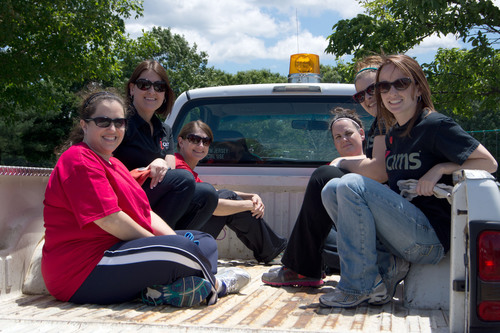 iCIMS volunteers head out to pick up trash at Cheesequake State Park.  (PRNewsFoto/iCIMS, Inc.)