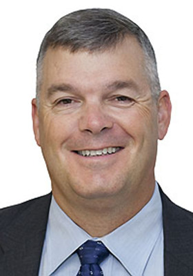 Eric Patten joined Esri as director of Defense and Intelligence Global Solutions.  (PRNewsFoto/Esri)
