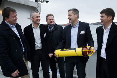 IBM is teaming with Statoil, Kongsberg Group and DNV to develop an environmental monitoring system for oil and gas activities. From left: Karl Johnny Hersvik (Statoil), Jens Erik Ramstad (DNV), Morten Thorkildsen (IBM), Vidar Hepso¸ (Statoil), and Even Aas (Kongsberg Oil & Gas Technologies) on board M/K Simrad Echo. (Photo: Ole Jorgen Bratland/Statoil).  (PRNewsFoto/IBM Corporation)