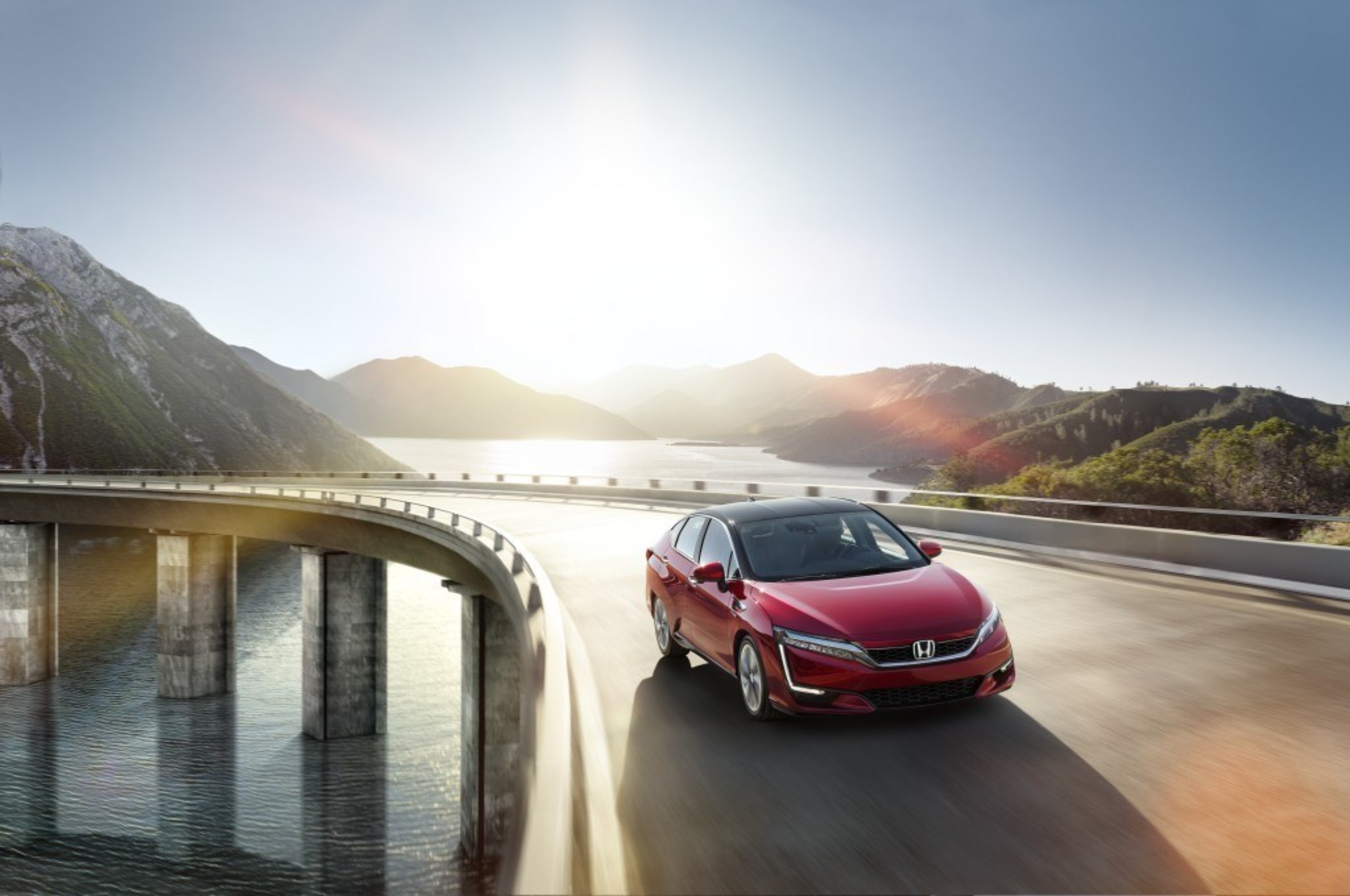 Honda Announces 2017 Clarity Fuel Cell Lease Pricing at $369 a Month