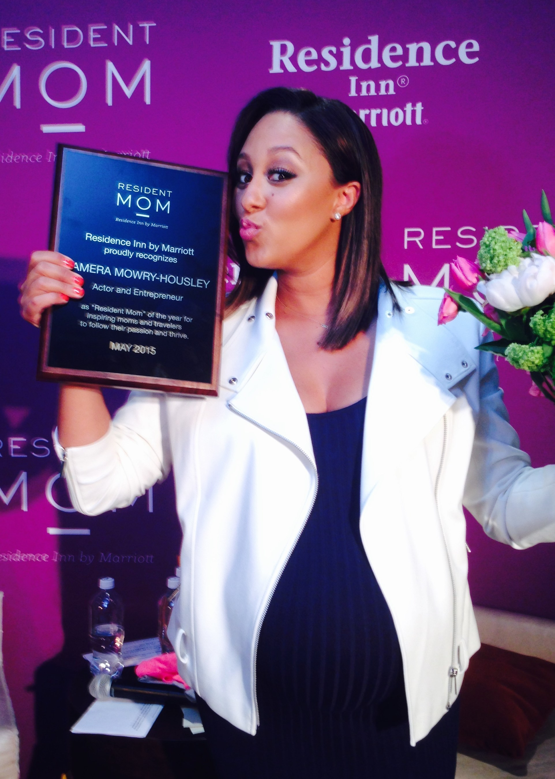 Tamera Mowry-Housley and Residence Inn by Marriott Reveal Stylish, Time-Saving DIY Tricks For Summer Travel; Mowry-Housley named 2015 Resident Mom of the Year
