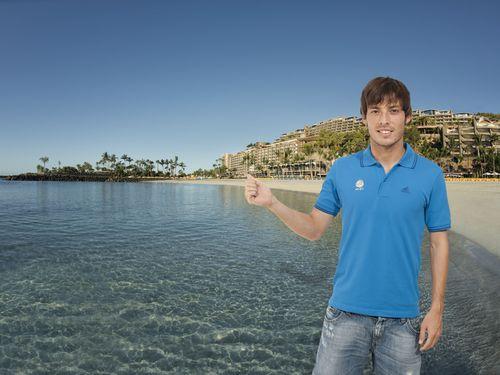 David Silva at Anfi Beach, Gran Canaria (PRNewsFoto/PR NEWSWIRE EUROPE)