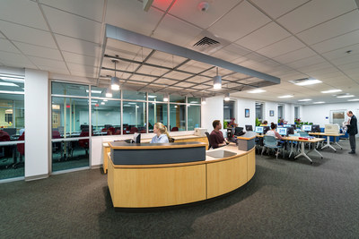 Students meet, collaborate, and use diverse technology in the new Learning Center.