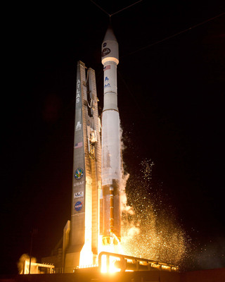 A United Launch Alliance Atlas V rocket blasts off from Space Launch Complex-41 at 8:48 p.m. EST with NASA's Tracking and Data Relay Satellite (TDRS-K) payload.  (PRNewsFoto/United Launch Alliance)