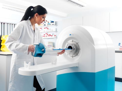 MR Solutions announces the first installations of its second generation cryogen free magnet technology for increased scientific capabilities in preclinical MRI (PRNewsFoto/MR Solutions Ltd)