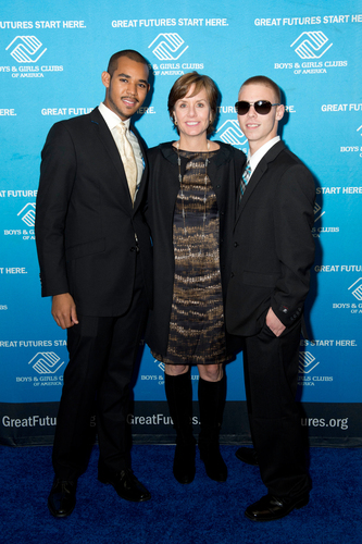 BGCA presented Charles Schwab Foundation with the Champion Of Youth award for their outstanding commitment to providing financial literacy education to Boys & Girls Clubs teens. Charles Schwab Foundation President Carrie Schwab-Pomerantz accepted the award on behalf of the organization and is pictured here with Money Matters Ambassador, Austin McHenry (left) and Money Matters Music Mogul contest winner, Blake McGuire (right).  (PRNewsFoto/Boys & Girls Clubs of America)