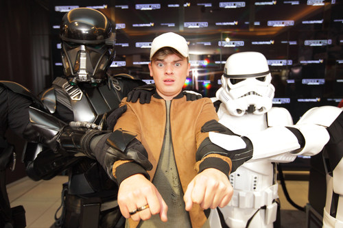 Influential YouTuber Jack Maynard, guarded by stormtroopers and Death Troopers, in World Duty Free at Gatwick South today where passengers can experience Rogue One: A Star Wars Story ahead of the  cinema release on 15th December (PRNewsFoto/World Duty Free)