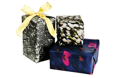 One Kings Lane Brings Runway Chic To Gift Wrap With Exclusive Holiday Charity Sale Series Featuring Designs From Today's Top Trendsetters
