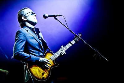 "Joe Bonamassa's new studio album ""Different Shades Of Blue"" debuts at #8 on Billboard's Top 200, #1 on Billboard's Blues Chart and #1 on Billboard's Indie Chart. This is his highest charting album, first top 10, and biggest sales week ever. ""Different Shades of Blue"" is the first album of Bonamassa's career to feature all original material and his first solo studio album in two years. He wrote it in Nashville with Jonathan Cain (Journey), James House (Diamond Rio, Dwight Yoakam, Martina McBride), Jeffrey Steele, Gary Nicholson, and Jerry Flowers (Keith Urban).  (PRNewsFoto/J&R Adventures)"