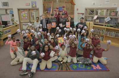 Mr. Gunter Saurwein, Qatar Airways' Vice President of the Americas and Atlanta Public Schools Superintendent, Dr. Meria Carstarphen alongside the students and faculty of Heritage Academy Elementary School