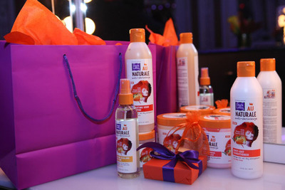 Dark and Lovely's NEW Au Naturale maintenance and styling line created for naturally curly hair