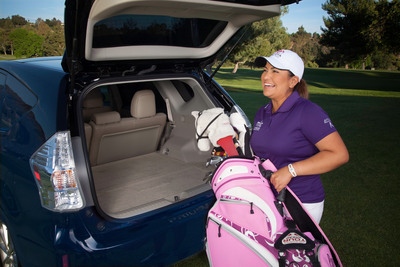Team Toyota pro golfer Lizette Salas will help earn funding for Hispanic Scholarship Fund (HSF) through each round of golf she plays as part of the Toyota Drive for Success program. (PRNewsFoto/Toyota Motor Sales)