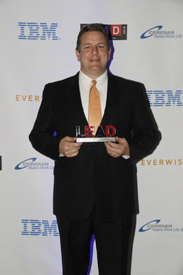Lane Schonour of Goodwill Industries International receives the LEAD2016 Leadership Excellence Award