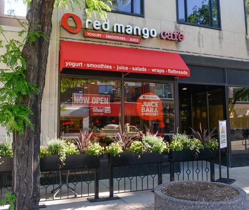 Red Mango Yogurt Cafe & Juice Bar exterior, Oak Park, Ill. (PRNewsFoto/Red Mango)
