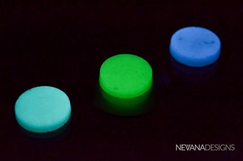 ECO-DISC lighting available in Cobalt Blue, Aqua and Green (PRNewsFoto/Nevana Designs) (PRNewsFoto/Nevana Designs)