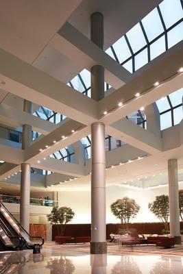 Oracle & International Centre, Minneapolis, Minnesota.  (PRNewsFoto/Investcorp)