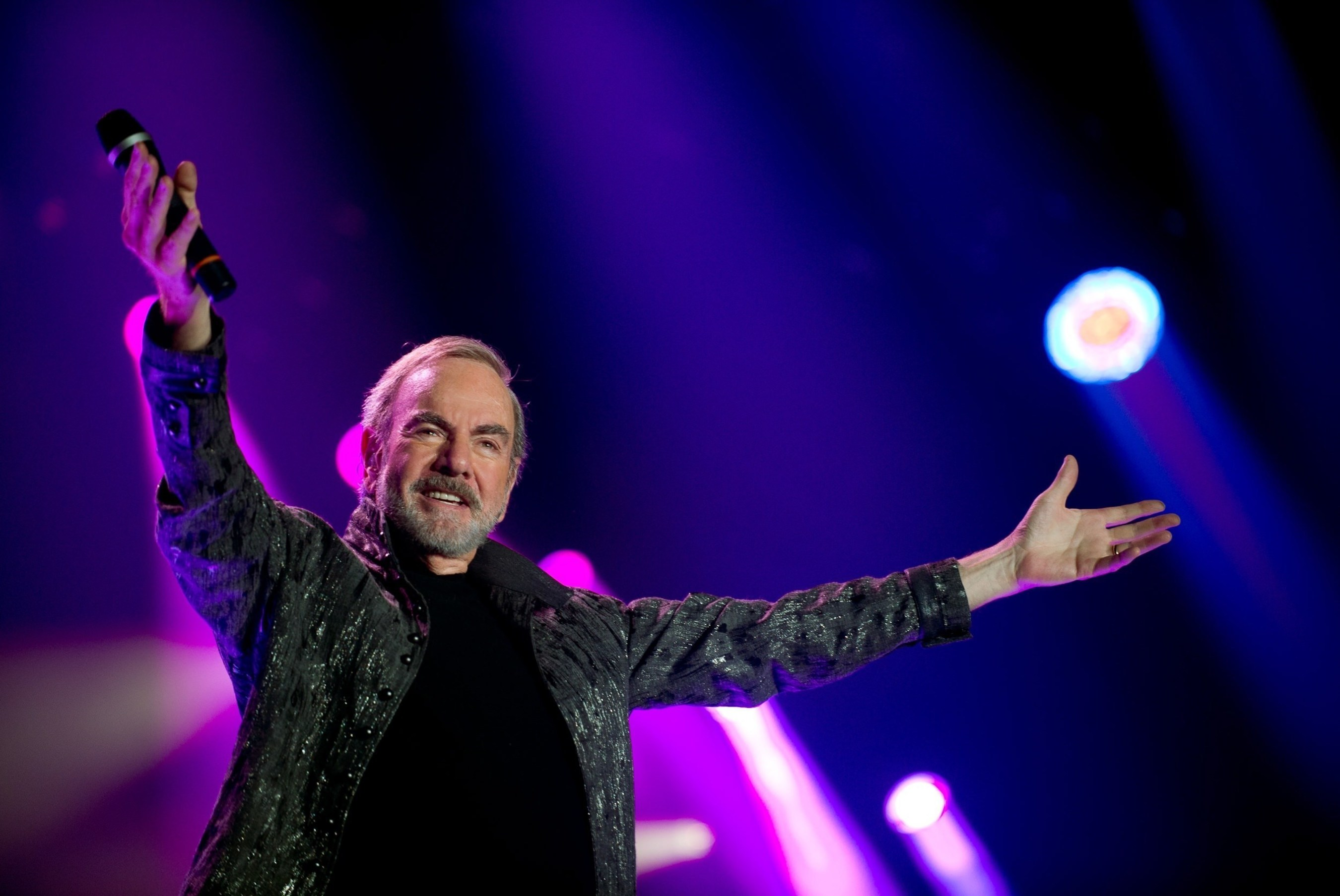 Live Nation Announces Neil Diamond's The 50 Year Anniversary World Tour