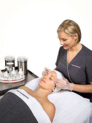 DERMALOGICA LAUNCHES FIRST CHEMICAL PEEL: New BioActive(TM) Peel, For Professionals Only.  (PRNewsFoto/Dermalogica)