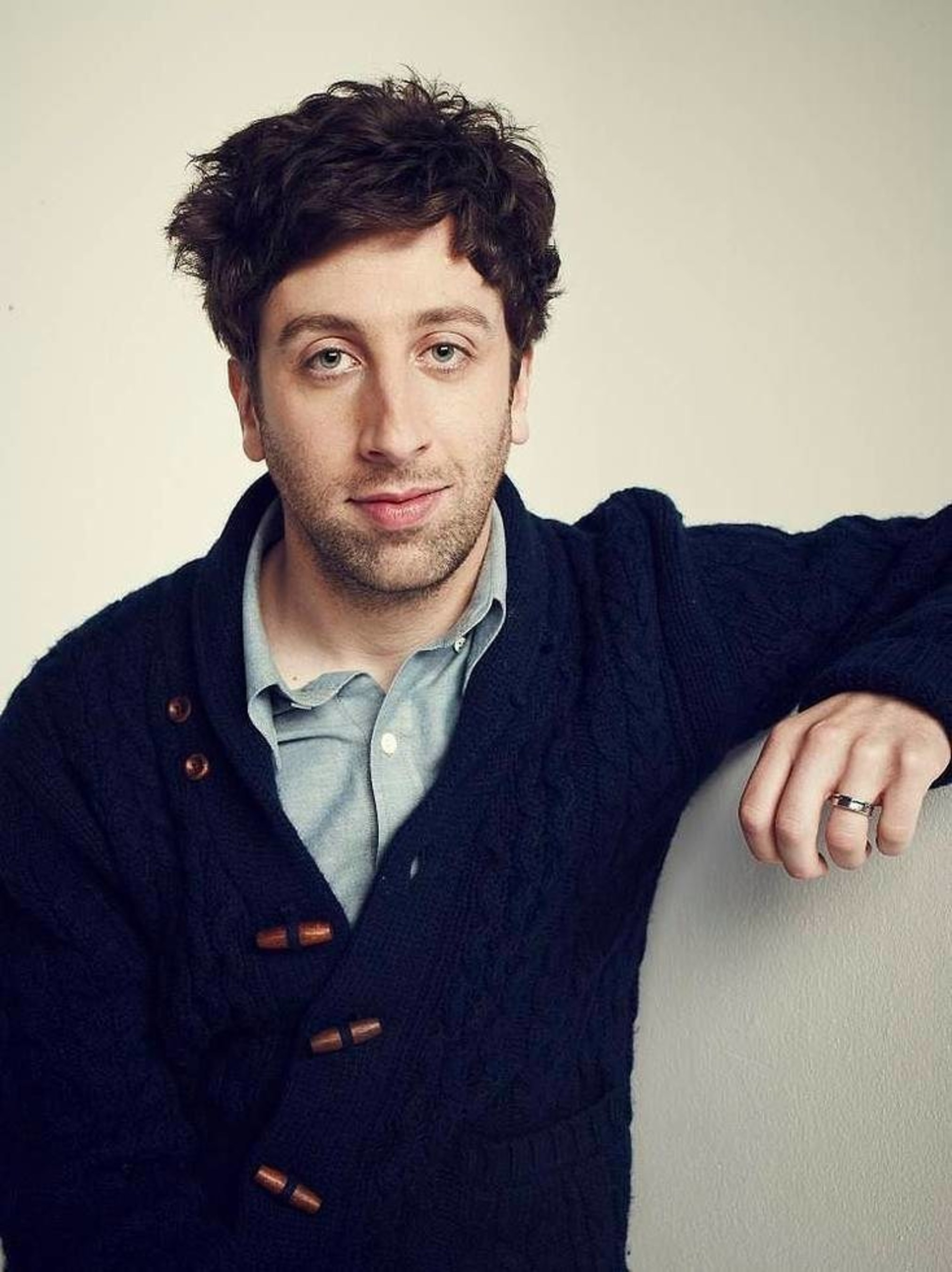 Acclaimed Actor Simon Helberg to Narrate SECRETS OF THE UNIVERSE