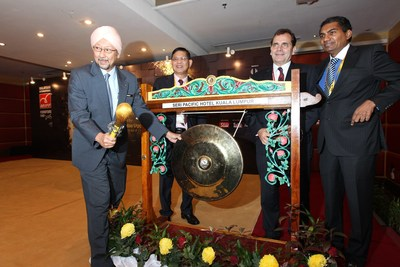 MIFF 2015 Opening Ceremony: (L-R)Datuk Himmat Singh, Secretary General, Ministry of Plantation Industries and Commodities, Dato' Dr Tan Chin Huat, Chairman of MIFF, Mr Jime Essink, President & CEO, UBM Asia and Mr M Gandhi, Managing Director (ASEAN Business), UBM Asia