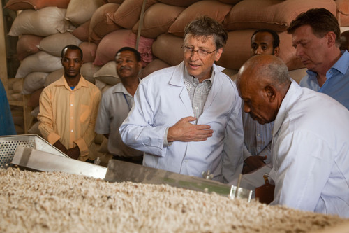 Bill Gates' Annual Letter: Goals & Measurement Keys to Tackling Extreme Poverty.  (PRNewsFoto/Bill & ...