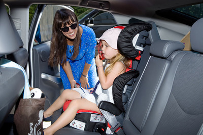 Constance Zimmer learns how to properly install this BRITAX car seat in preparation for Child Passenger Safety Week.