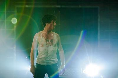 Benedict Cumberbatch stars in new short film. Pre-order on iTunes here: https://itunes.apple.com/gb/movie/little-favour/id727903185. (PRNewsFoto/SunnyMarch, Ltd.)
