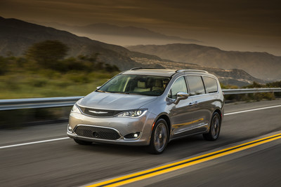 2017 Chrysler Pacifica earns highest-possible rating in each of five IIHS crashworthiness tests