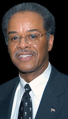 Roger Plummer. (PRNewsFoto/National Headache Foundation) (PRNewsFoto/NATIONAL HEADACHE FOUNDATION)