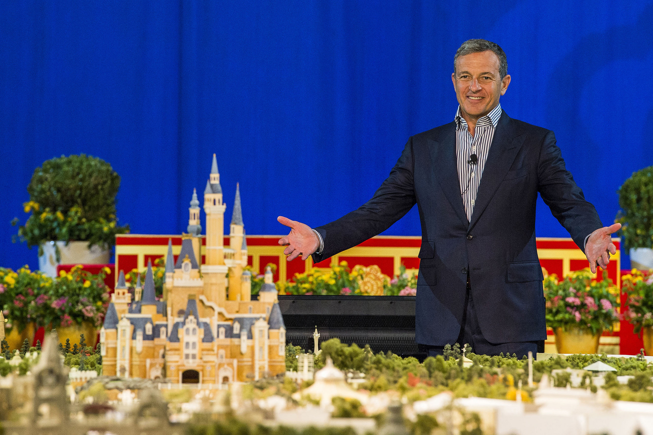 Disney Chairman and CEO Bob Iger revealed a scale model of Shanghai Disneyland and displays showcasing key highlights of unique attractions, entertainment, dining and hotels at a presentation held at the Shanghai Expo Centre.