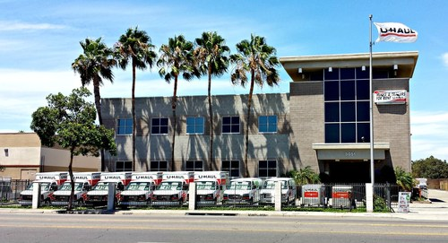 Los Angeles Welcomes U Haul Moving And Storage Of Baldwin Hills  (PRNewsFoto/U
