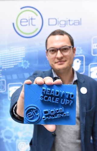 "EIT Digital Challenge Lead Dominik Krabbe seeks startups that are ""Ready to scale up"" (Logo 3D printed ..."