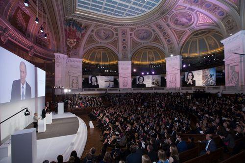 L'Oreal-UNESCO For Women In Science Awards 2015 - La Sorbonne - copyright Stephane Cardinal (PRNewsFoto/La Fondation L'Oreal)