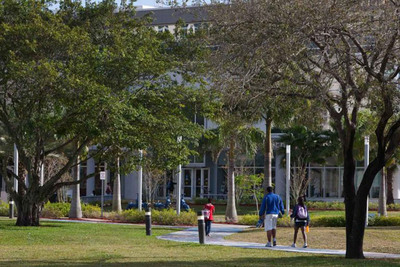 The Arbor Day Foundation recently announced that Nova Southeastern University (NSU) has earned its 2013 Tree Campus USA designation. (PRNewsFoto/Nova Southeastern University) (PRNewsFoto/NOVA SOUTHEASTERN UNIVERSITY)
