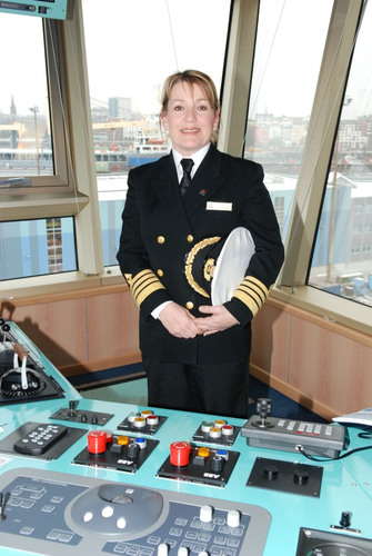 History Is Made as Cunard Appoints the Line's First Female Captain