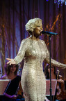 'A Mary Christmas' with Mary J. Blige airing Thanksgiving on REVOLT TV.  (PRNewsFoto/REVOLT TV)