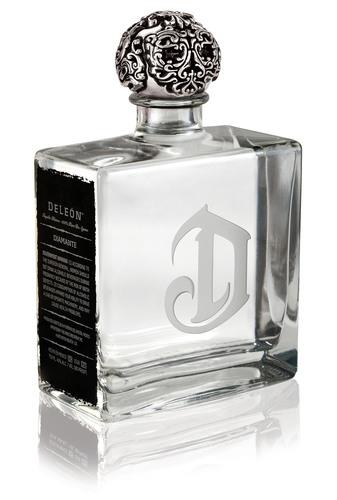 DeLeon Diamante: An exceptionally elegant and flavorful Blanco.  (PRNewsFoto/Diageo)