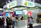 The crowd surround Qihoo 360's booth at MAE 2014 (PRNewsFoto/Qihoo 360 Technology Co. Ltd.)